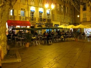 Camping Ceyreste : Camping Aix Nocturne